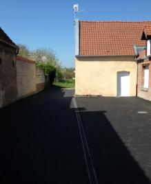 AMENAGEMENT COUR EN MACADAM